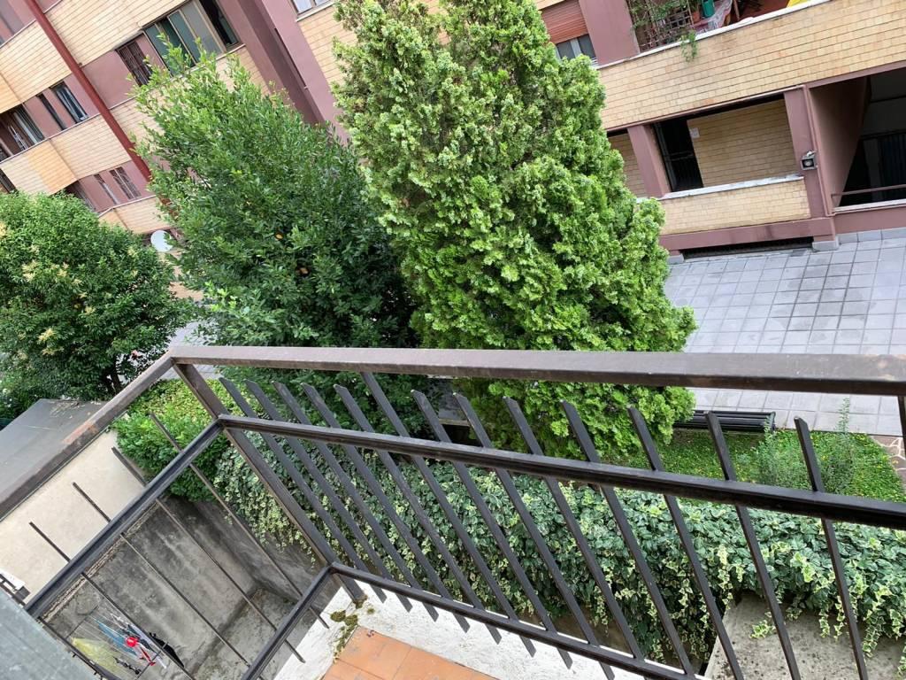 Appartamento in vendita a San Donato Milanese, 3 locali, prezzo € 130.000   CambioCasa.it