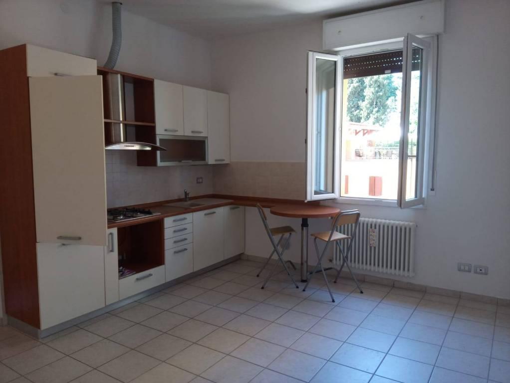 Appartamento in Affitto a Bologna Semicentro: 1 locali, 40 mq
