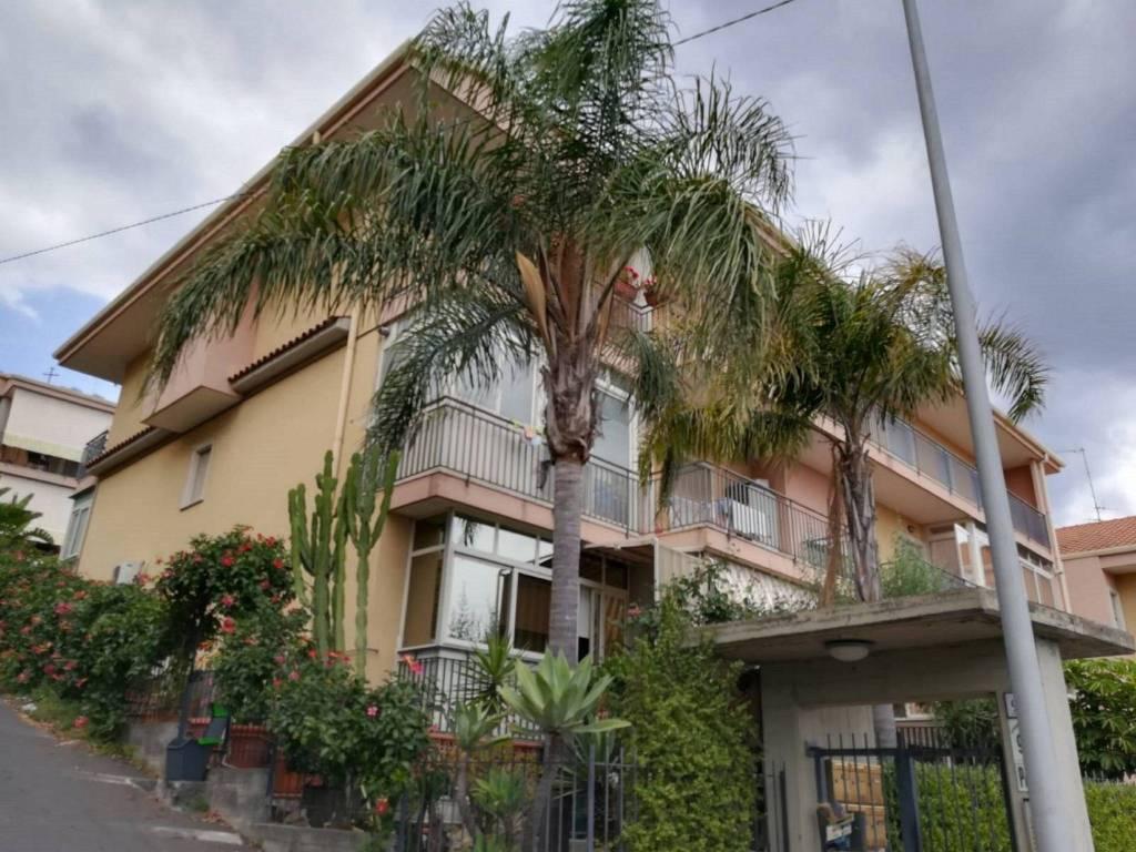 Appartamento in vendita a Aci Catena, 3 locali, prezzo € 123.000 | PortaleAgenzieImmobiliari.it