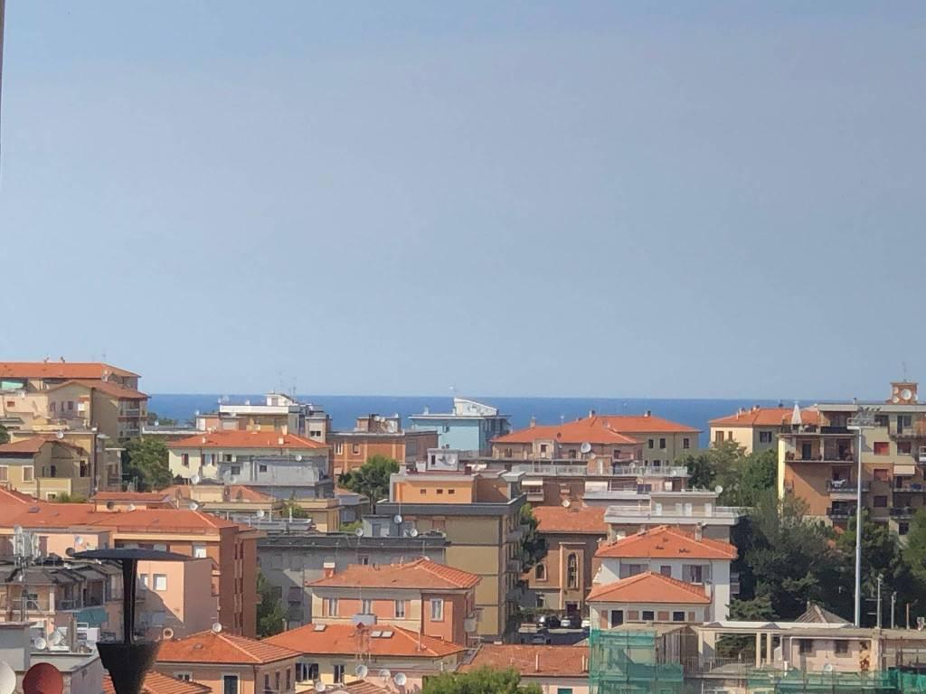 Appartamento in vendita a Ancona, 5 locali, prezzo € 220.000   PortaleAgenzieImmobiliari.it