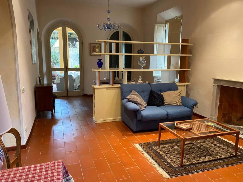 Villetta in Vendita a Pisa Centro: 5 locali, 350 mq