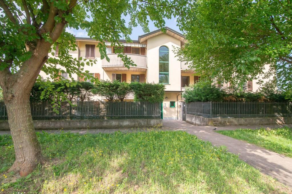 Appartamento in vendita a Cornegliano Laudense, 3 locali, prezzo € 129.000   CambioCasa.it
