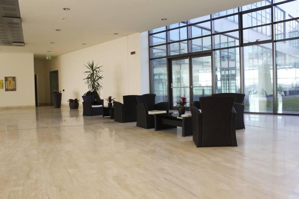 Ufficio / Studio in affitto a Borgaro Torinese, 9999 locali, prezzo € 3.000   PortaleAgenzieImmobiliari.it