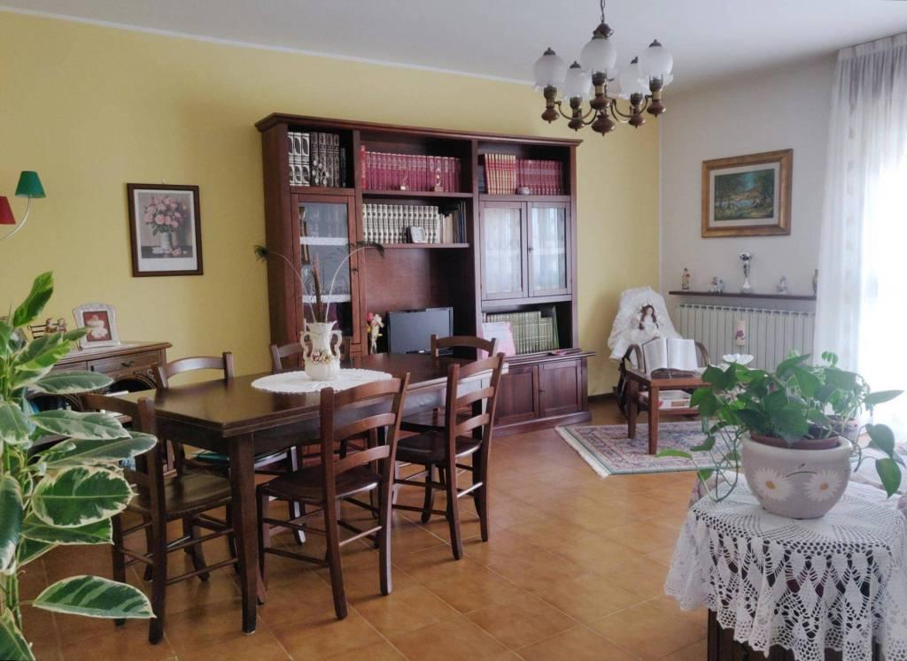 Appartamento in vendita a Cene, 3 locali, prezzo € 139.000 | PortaleAgenzieImmobiliari.it