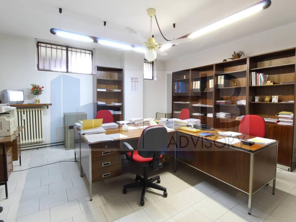 Ufficio / Studio in vendita a Bollate, 3 locali, prezzo € 70.000   PortaleAgenzieImmobiliari.it