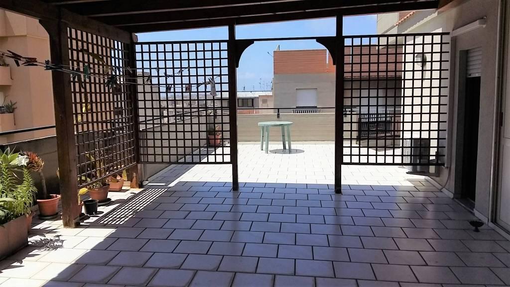 Via Villa S G.nni, attico di mq 200ca oltre verande, ottime condizioni, vista mare Euro 290mila CL , foto 13