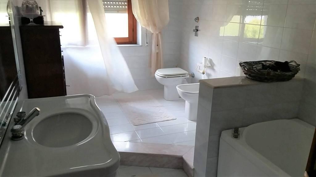 Via Villa S G.nni, attico di mq 200ca oltre verande, ottime condizioni, vista mare Euro 290mila CL , foto 15