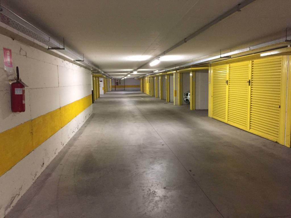 Box / Garage in vendita a Varenna, 9999 locali, prezzo € 30.000 | CambioCasa.it
