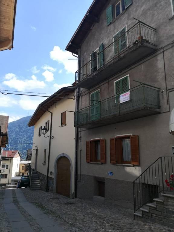 Appartamento in vendita a Edolo, 6 locali, prezzo € 89.000 | PortaleAgenzieImmobiliari.it