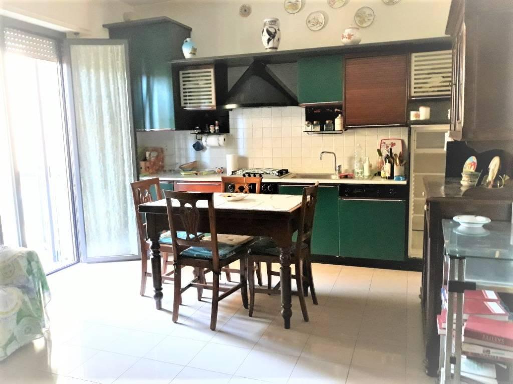 Appartamento in Vendita a Rimini Centro: 2 locali, 54 mq