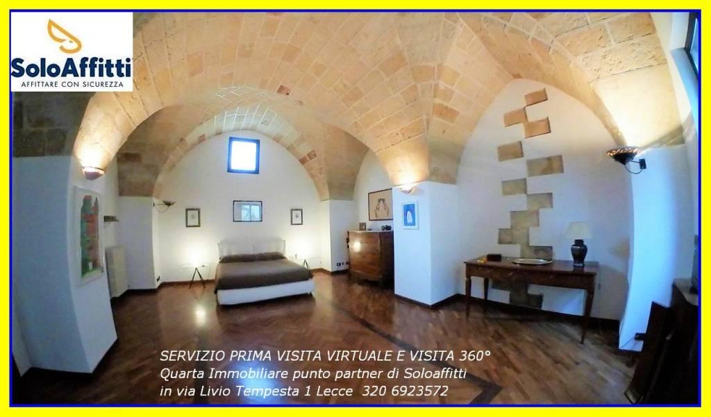 Appartamento in Affitto a Lecce Centro: 4 locali, 110 mq
