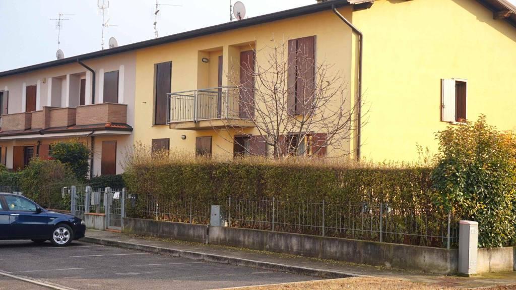 Villa a Schiera in vendita a Ghedi, 4 locali, prezzo € 199.900   PortaleAgenzieImmobiliari.it
