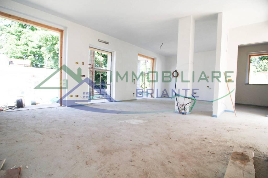 Villa in vendita a Somma Lombardo, 3 locali, prezzo € 270.000   CambioCasa.it