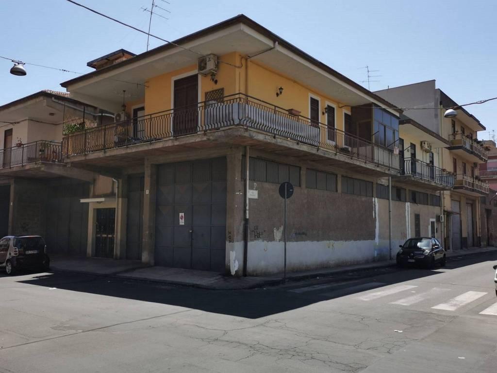 Appartamento in Vendita a Misterbianco Centro: 4 locali, 120 mq