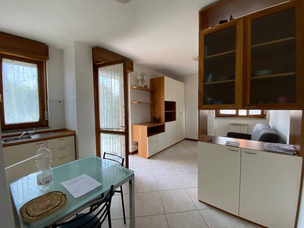Appartamento in affitto a Stezzano, 1 locali, prezzo € 400 | PortaleAgenzieImmobiliari.it