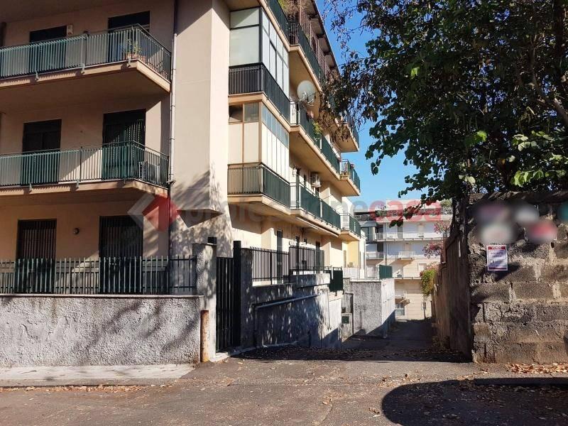 Posto-box auto in Vendita a Catania Centro: 1 locali, 29 mq