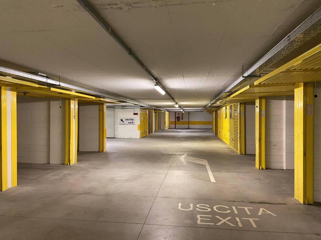 Box / Garage in vendita a Varenna, 9999 locali, prezzo € 35.000 | CambioCasa.it