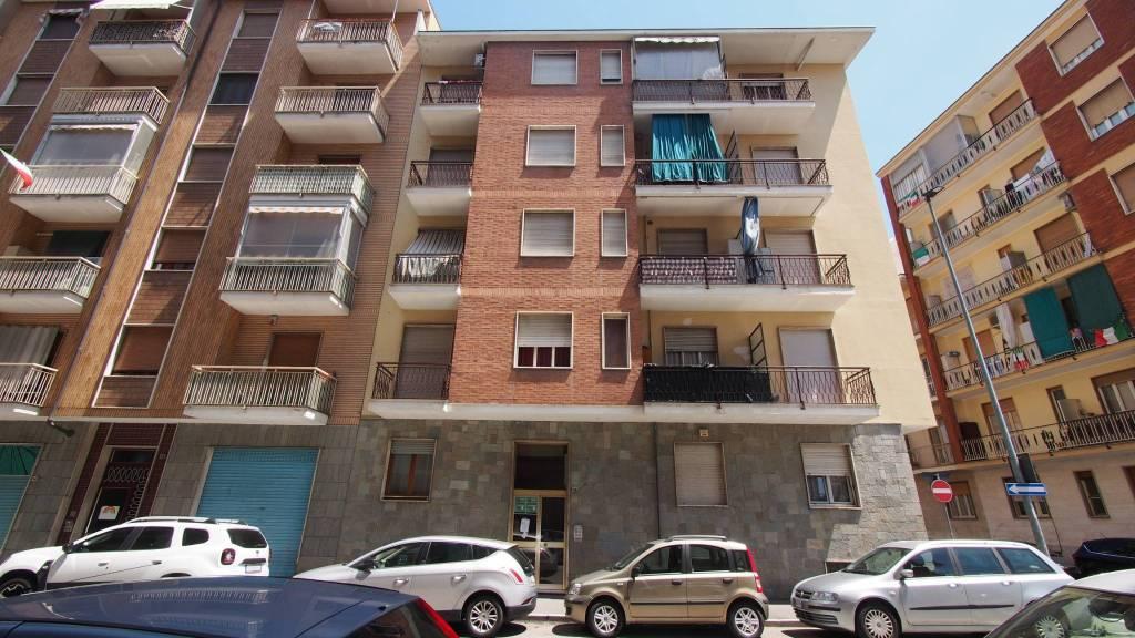 Appartamento in vendita a Nichelino, 2 locali, prezzo € 57.000 | CambioCasa.it
