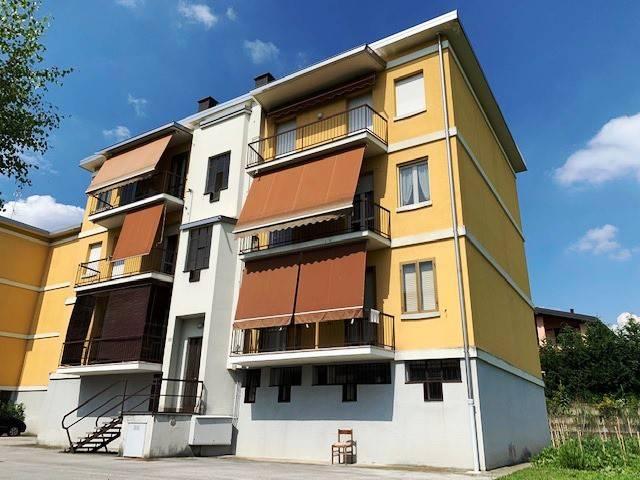 Appartamento in vendita a Merone, 3 locali, prezzo € 89.000 | PortaleAgenzieImmobiliari.it