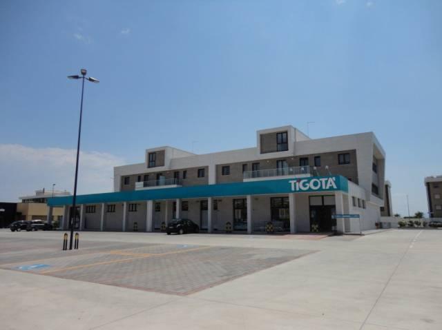 ZONA NUOVA PROVINCIA: Uffici di Nuova Costruzione con Box
