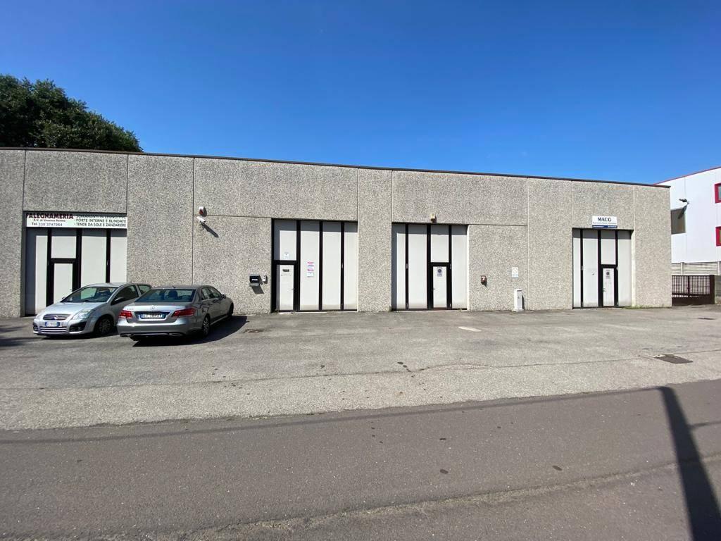 Capannone in vendita a San Giorgio su Legnano, 2 locali, prezzo € 115.000 | PortaleAgenzieImmobiliari.it