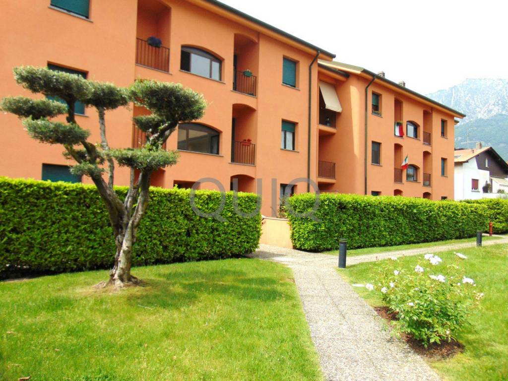 Appartamento in vendita a Malgrate, 3 locali, prezzo € 238.000 | PortaleAgenzieImmobiliari.it