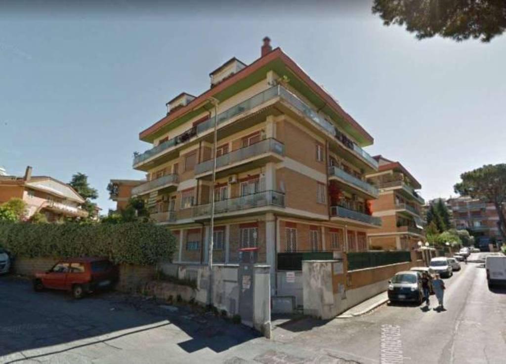 Box / Garage in vendita a Roma, 9999 locali, zona Zona: 28 . Torrevecchia - Pineta Sacchetti - Ottavia, prezzo € 19.000 | CambioCasa.it