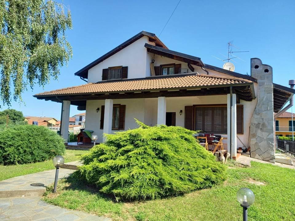 Villa in vendita a Livorno Ferraris, 4 locali, prezzo € 195.000 | CambioCasa.it