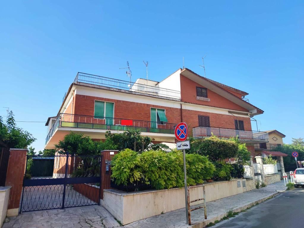 Appartamento in vendita a Guidonia Montecelio, 3 locali, prezzo € 139.000 | CambioCasa.it