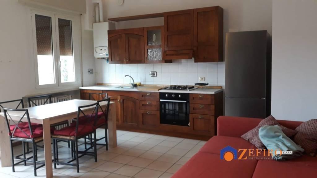 Appartamento in Affitto a San Giovanni In Persiceto Semicentro: 3 locali, 75 mq