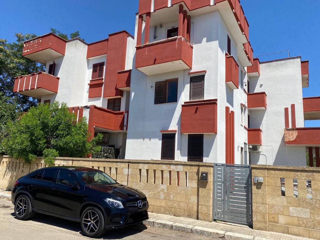 Appartamento in vendita a Veglie, 6 locali, prezzo € 157.000 | PortaleAgenzieImmobiliari.it