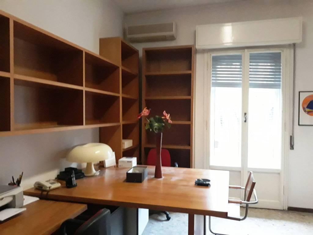 Ufficio-studio in Affitto a Bologna Periferia Sud: 1 locali, 15 mq