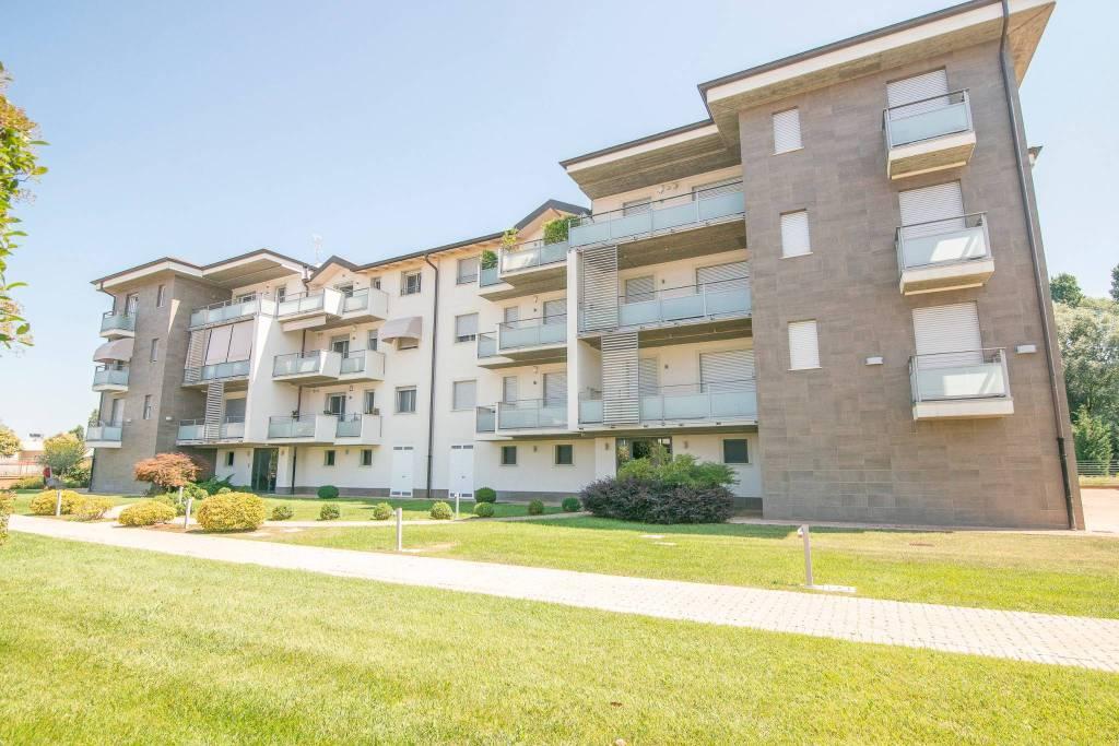 Appartamento in vendita a Lodi, 3 locali, prezzo € 270.000 | CambioCasa.it
