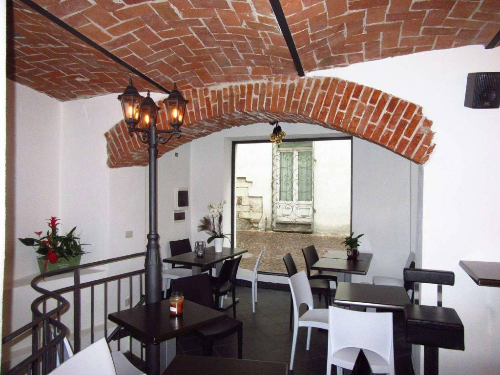 Negozio / Locale in vendita a Cuneo, 2 locali, Trattative riservate | CambioCasa.it