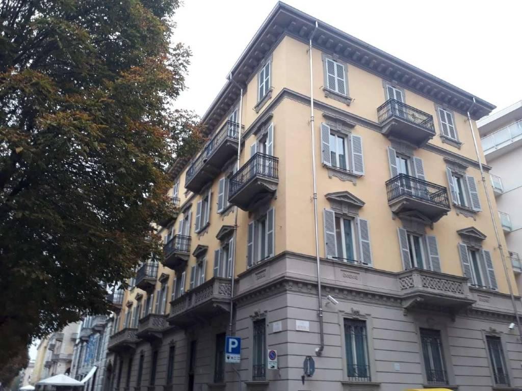 Ufficio / Studio in affitto a Cuneo, 10 locali, Trattative riservate | CambioCasa.it