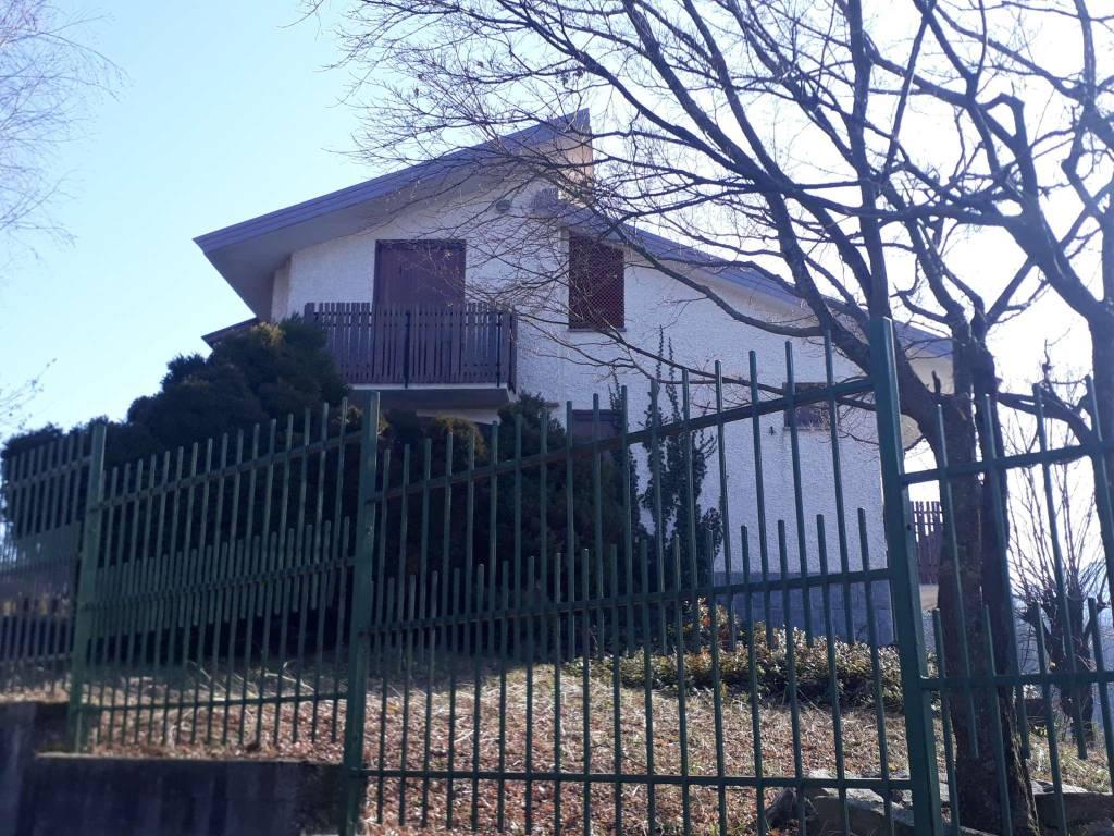 Villa in vendita a Frabosa Sottana, 7 locali, prezzo € 180.000 | CambioCasa.it