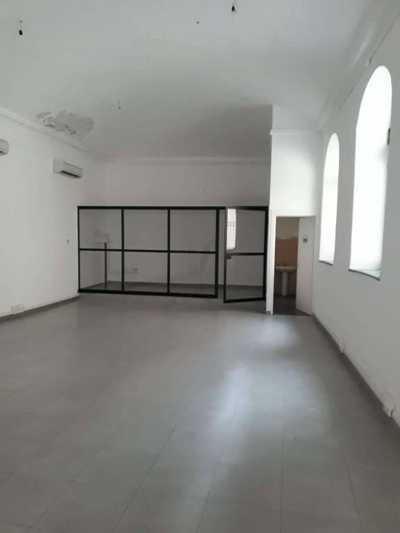 Negozio / Locale in affitto a Cuneo, 1 locali, prezzo € 500 | CambioCasa.it