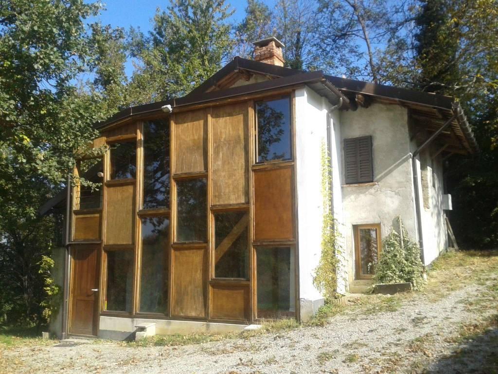 Soluzione Indipendente in vendita a Niella Tanaro, 4 locali, Trattative riservate | CambioCasa.it