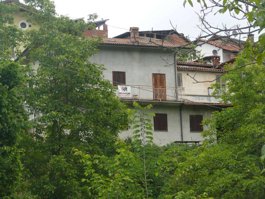 Soluzione Indipendente in vendita a Villanova Mondovì, 9999 locali, prezzo € 100.000 | CambioCasa.it