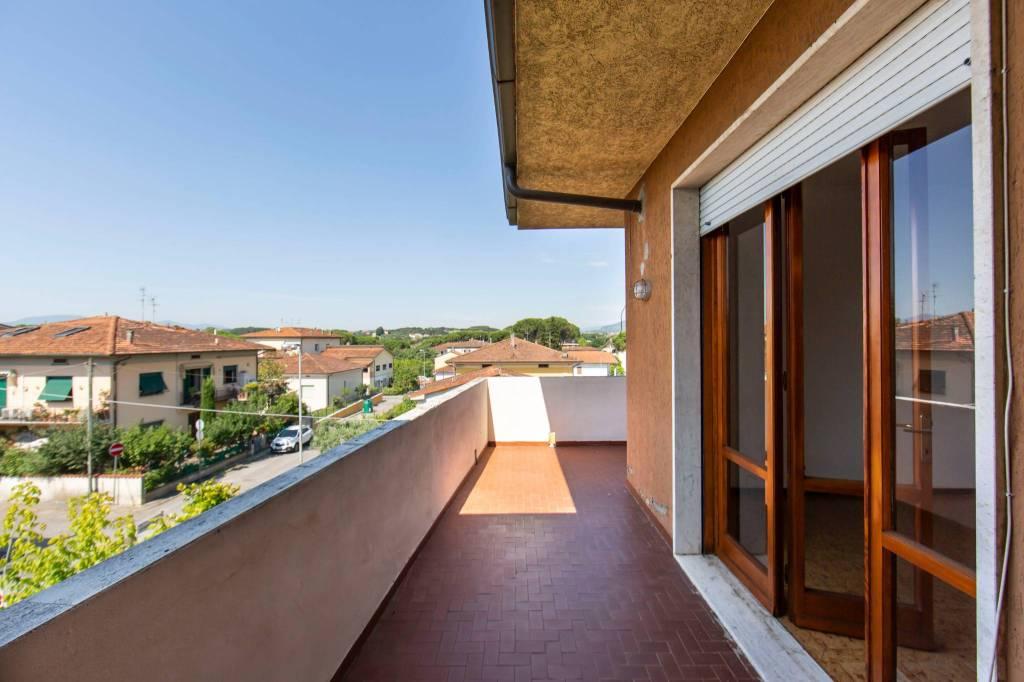 Appartamento in affitto a Buggiano, 5 locali, prezzo € 700 | PortaleAgenzieImmobiliari.it