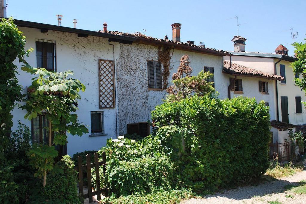 Rustico / Casale in vendita a Montecalvo Versiggia, 7 locali, prezzo € 55.000 | PortaleAgenzieImmobiliari.it
