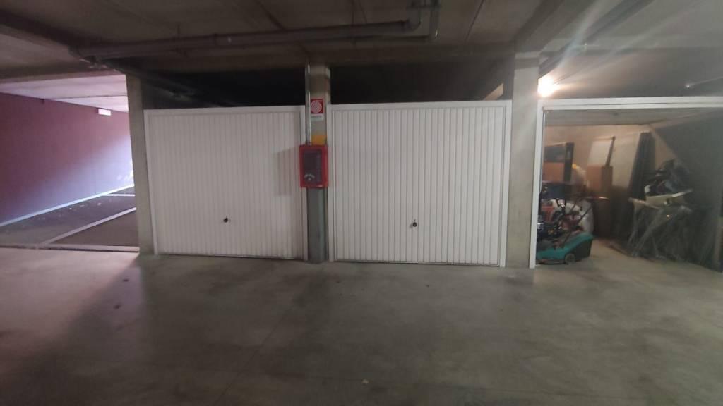 Posto-box auto in Affitto a Piacenza Centro: 14 mq