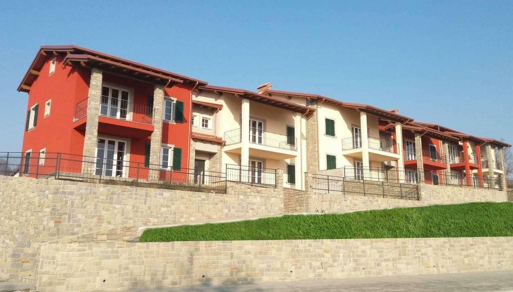Appartamento in vendita a Castelletto d'Orba, 5 locali, prezzo € 255.000 | CambioCasa.it