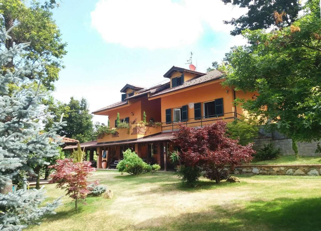 Villa in vendita a Ovada, 20 locali, prezzo € 1.500.000 | CambioCasa.it