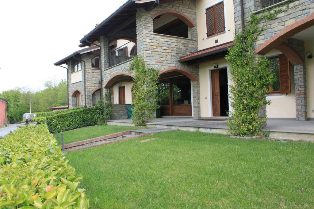 Appartamento in vendita a Capriata d'Orba, 6 locali, prezzo € 650.000 | CambioCasa.it