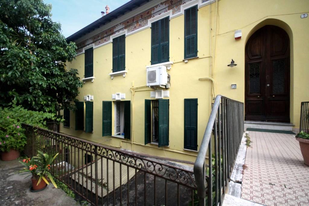Appartamento in vendita a Ospedaletti, 5 locali, prezzo € 370.000 | CambioCasa.it