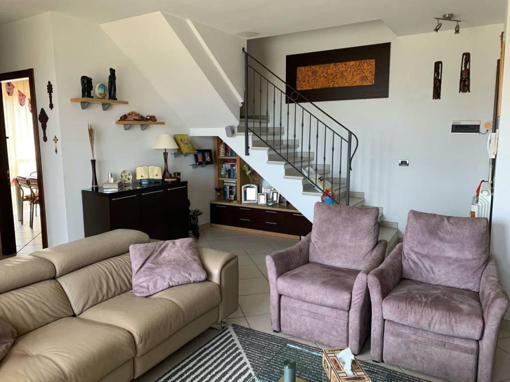 Appartamento in vendita a Pianella, 4 locali, prezzo € 144.000 | PortaleAgenzieImmobiliari.it