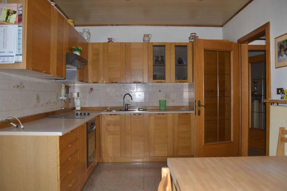 Appartamento in Vendita a Tesero: 4 locali, 220 mq