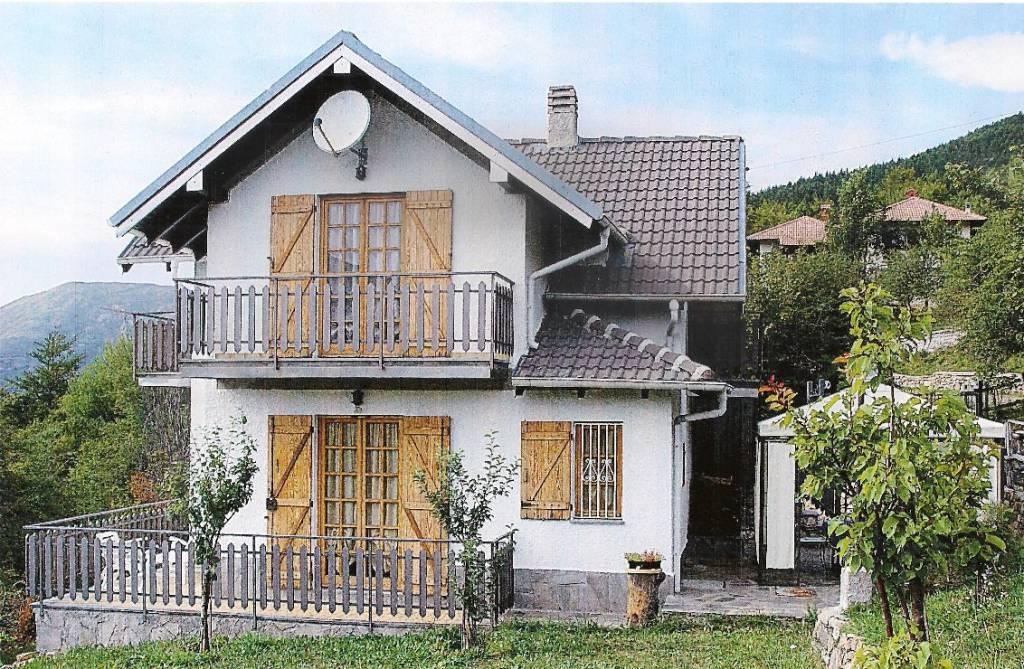 Villa in vendita a Cabella Ligure, 5 locali, prezzo € 135.000 | PortaleAgenzieImmobiliari.it