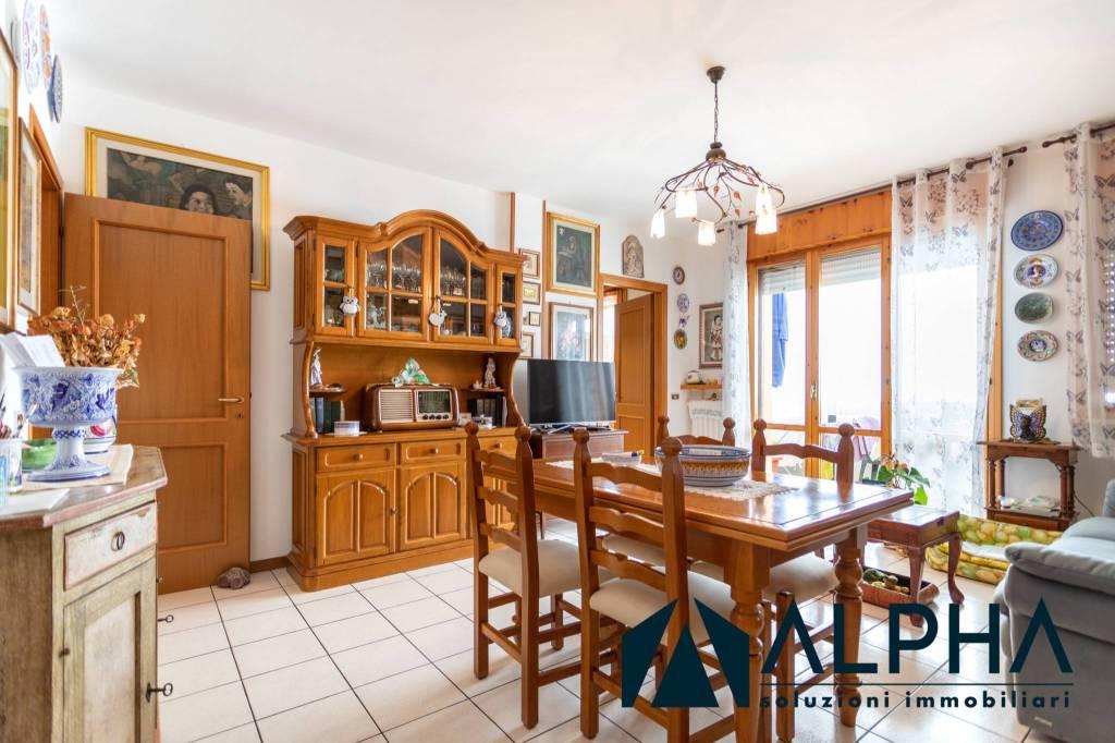 Appartamento in vendita a Ravenna, 3 locali, prezzo € 159.000 | CambioCasa.it
